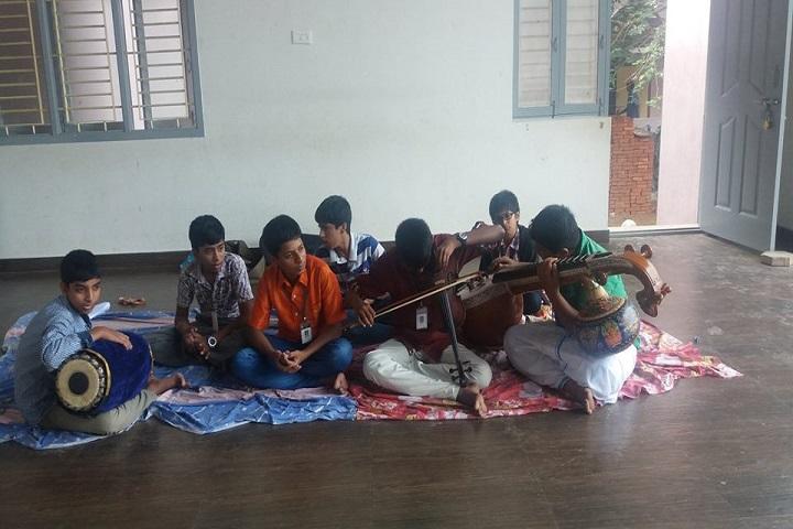 Sri Vageesha Vidhyashram-music