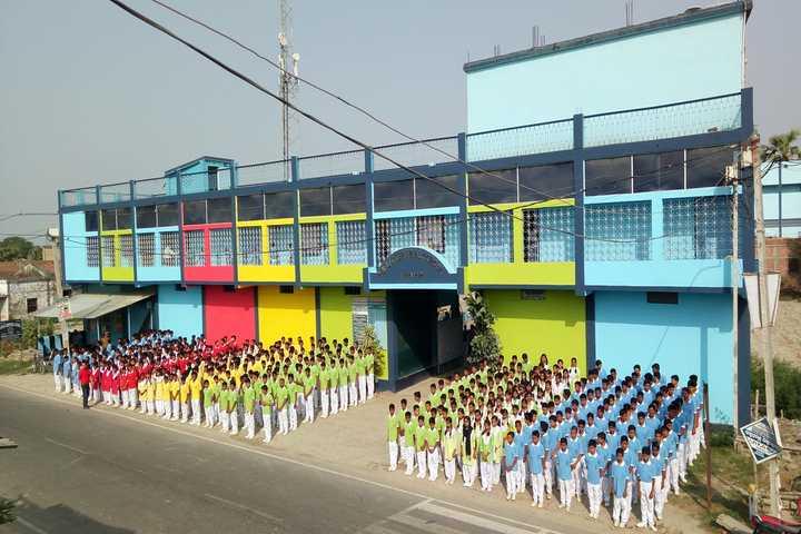 Public Central School-School Building