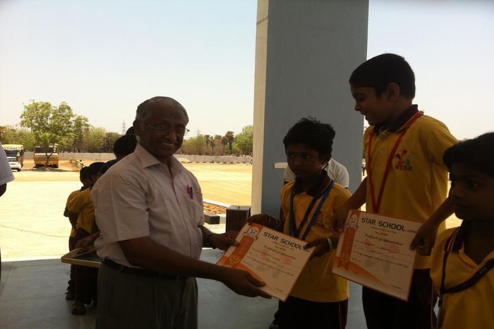 Star School- Medal Distribution