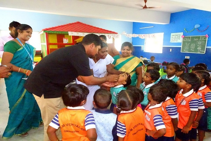 VKM Vidhyalaya School-Health Camp