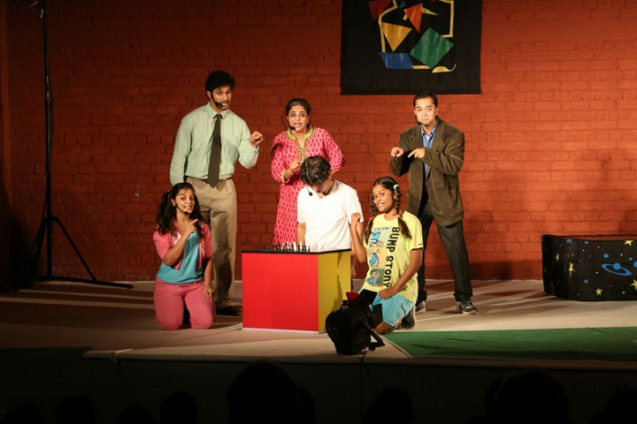 Vidyaniketan Public School-Drama