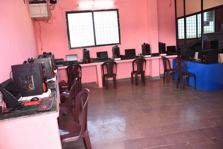 Almas High School-Computer Lab