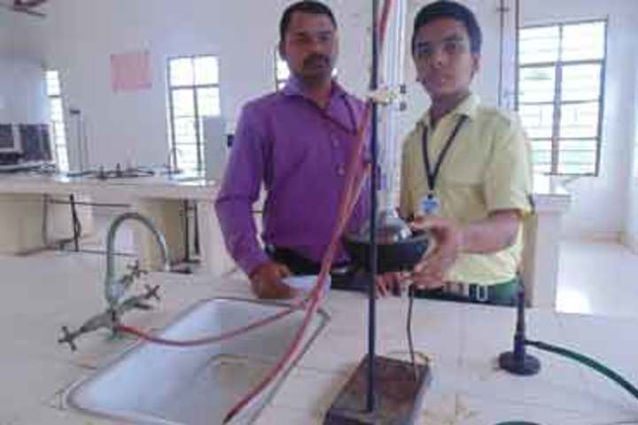 Balaji High School-Chemistry Lab