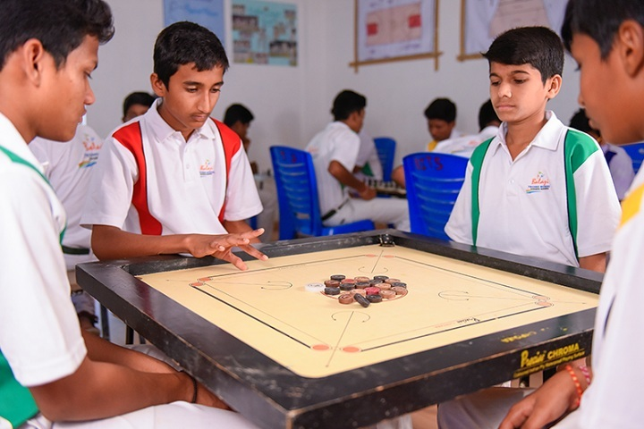 Balaji High School-Indoor Games