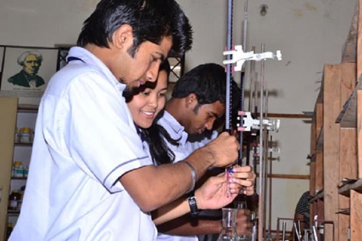 Chinmaya Vidyalaya-Laboratory