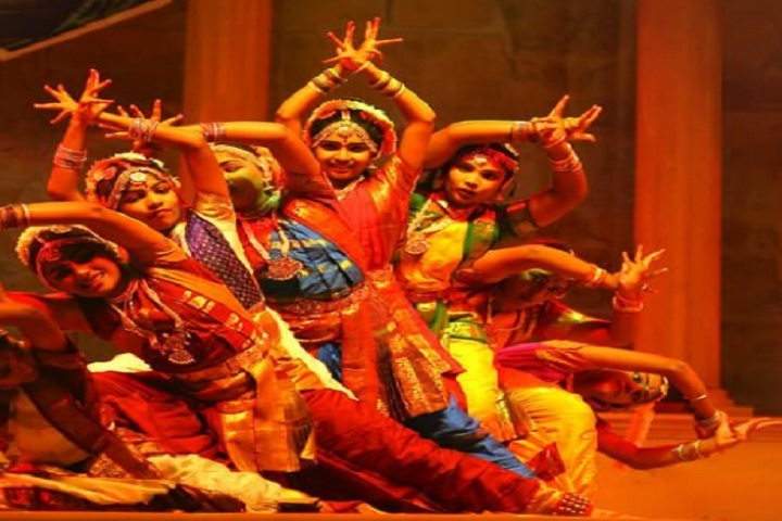 D R S International School-Dance