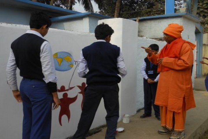 Ramakrishna Mission Vidyamandir-Painting Activity