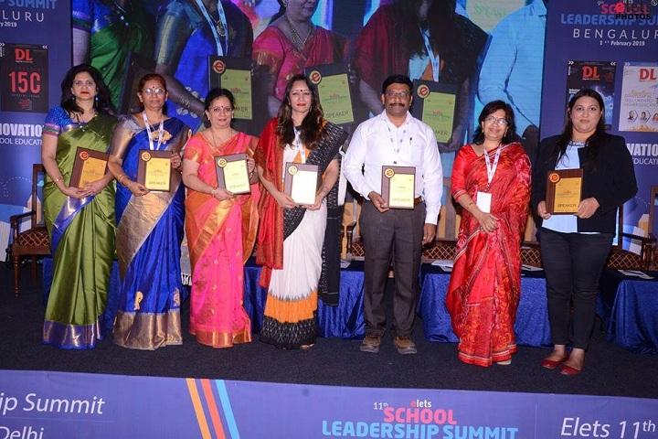 Jubliee Hills Public School-Top School of India Award
