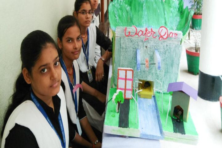 Ramkrishna Paramhans Vidyalaya-Science exhibition