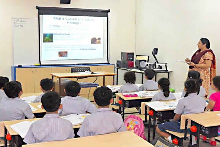 Mnr School Of Excellence-Digital-Classroom
