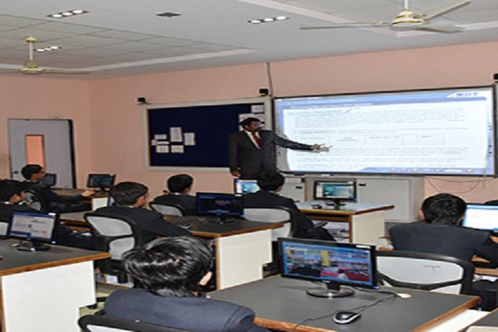 Shree Neelkanth Vidyapeeth International School-Class