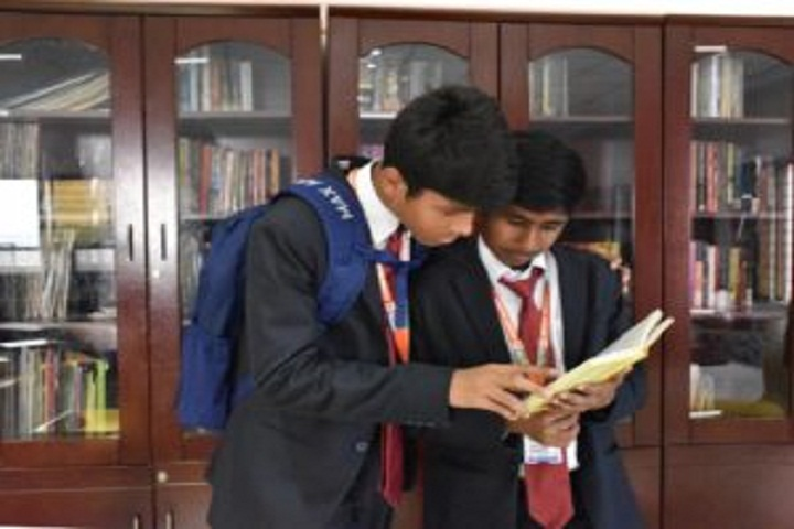 Shree Neelkanth Vidyapeeth International School-Library