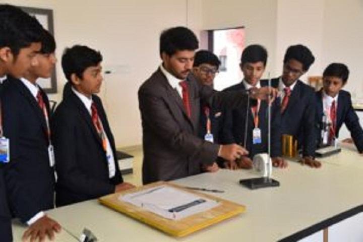 Shree Neelkanth Vidyapeeth International School-Physics-Lab