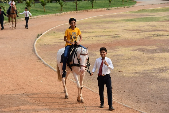 Shree Neelkanth Vidyapeeth International School-Ridding