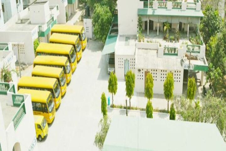 Raza International Girls School-Campus