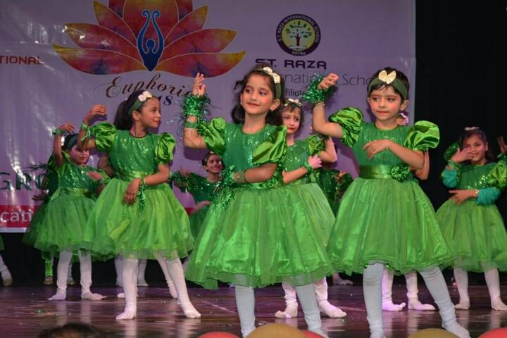 Raza International Girls School-Dance