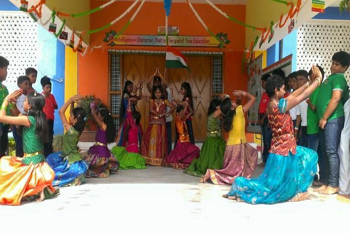 Pioneers International School-Dance