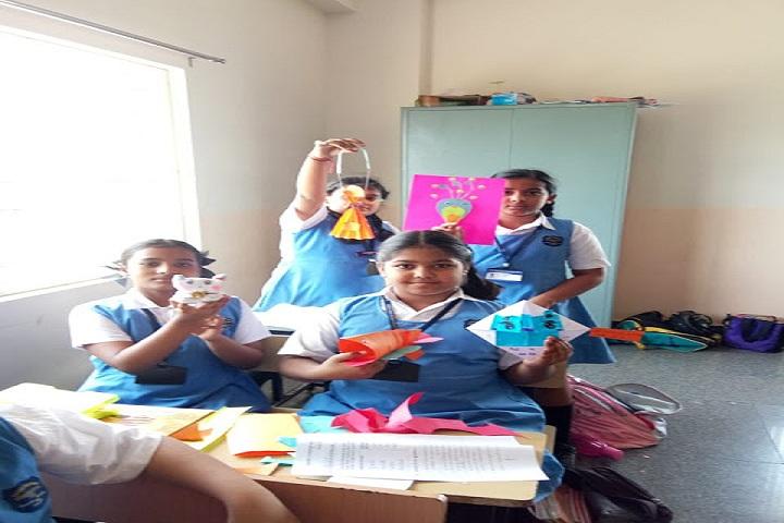 Sadhu Vaswani International School-Puppet Making Competition