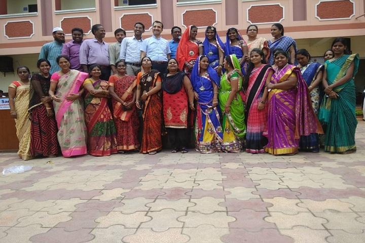 Saritha Vidya Niketan-Staff Group Photo
