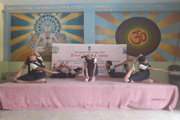 Shri Hanuman Vyayam Shala Public School-Yoga