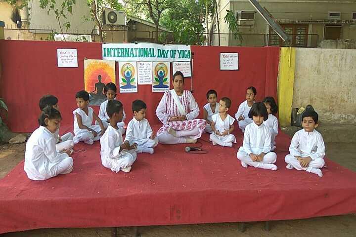 Sister Nivedita School-Yoga