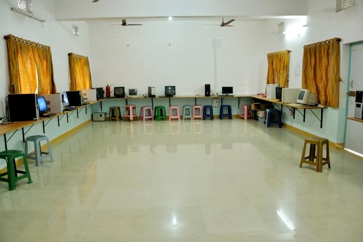 St Peters Central Public School-IT-Lab