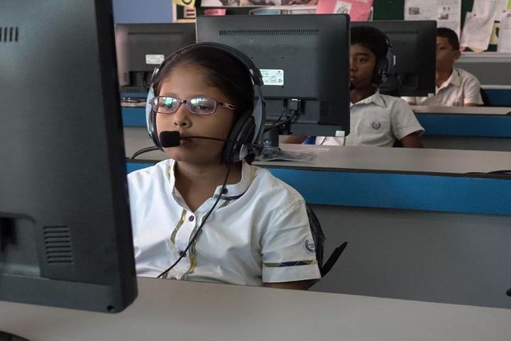 Sunflower Vedic School-Language Lab