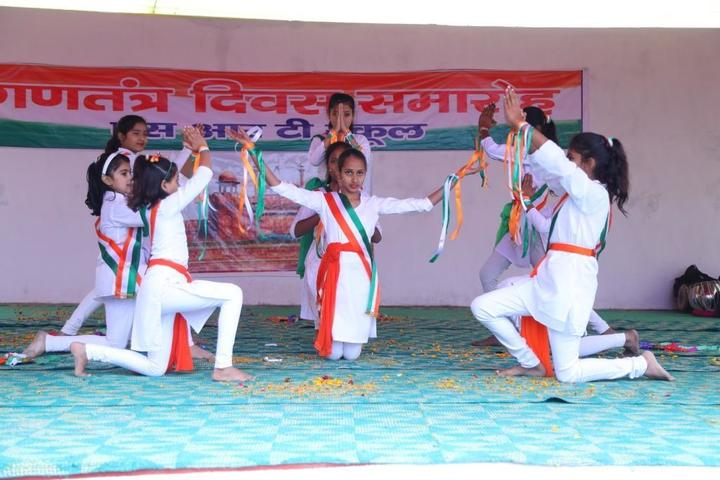 S R T School-Republic Day
