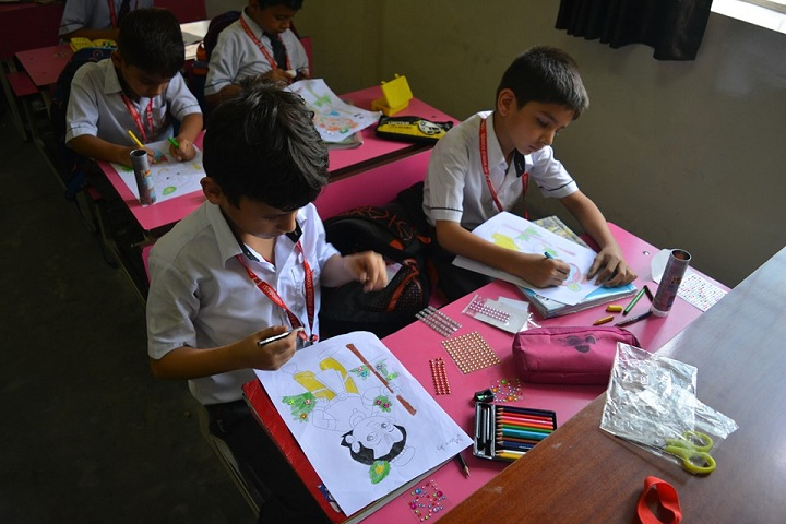 A M World School-Drawing Event