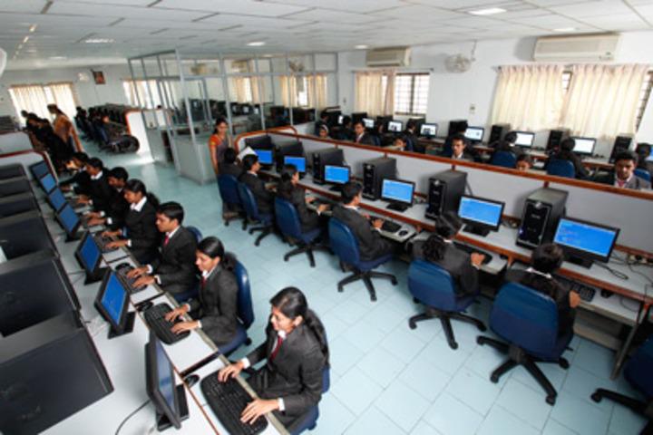Abhay Pratap Singh International School-IT-Lab