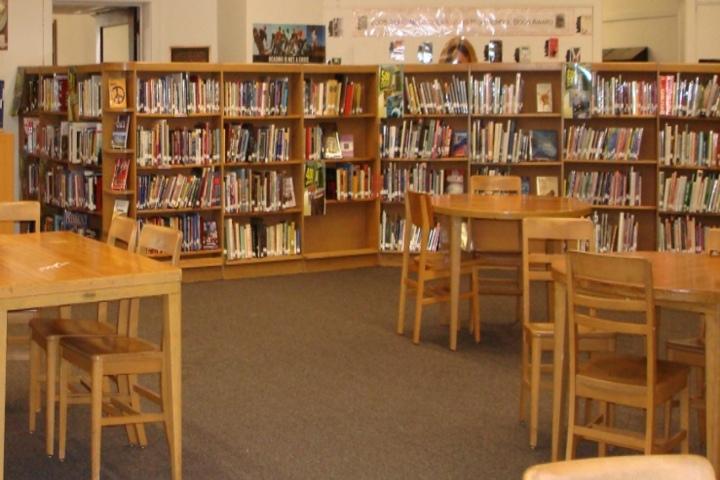 Abhay Pratap Singh International School-Library