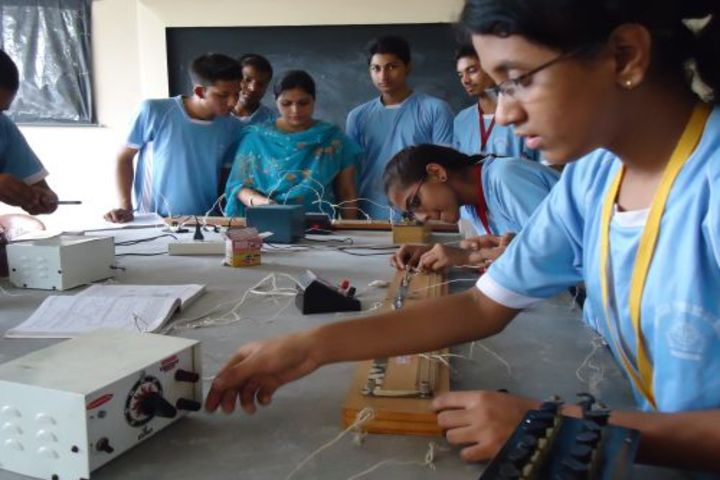 Adarsh Public School-Physics Lab