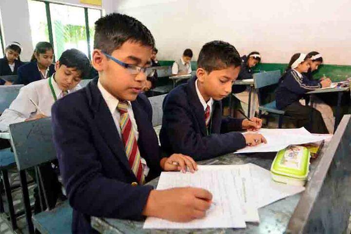 Agra Public School - Classrooms