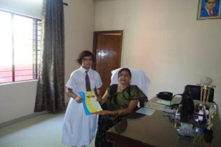 Aksh International School-Award Receiving