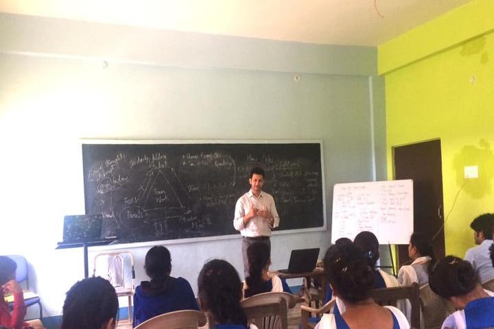 Al Farooq Public School - Teachers Training Workshop