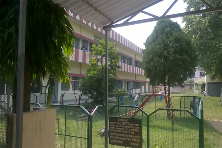 Aliganj Montessori School  - School View