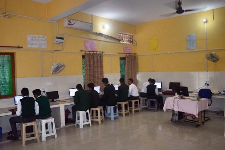 Aligarh Public School - Computer Lab