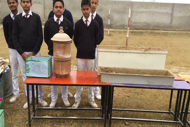 Alingua Public School - Exhibhition Day