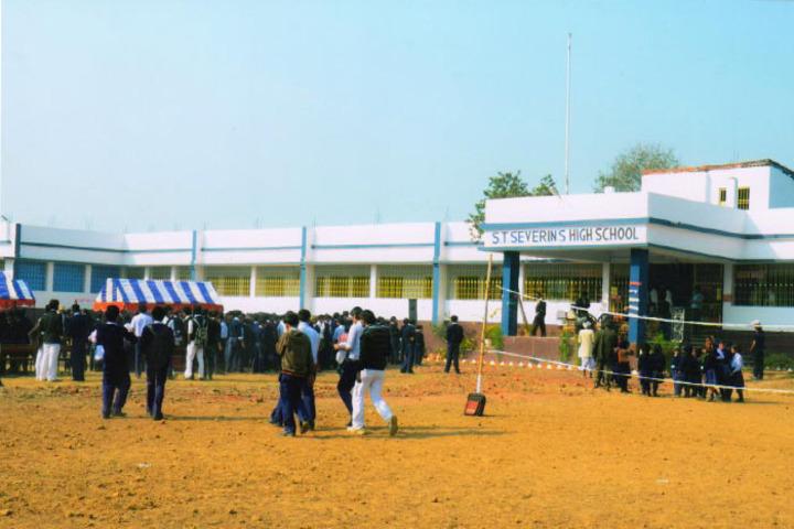 S T SeverinS High School-School Ground