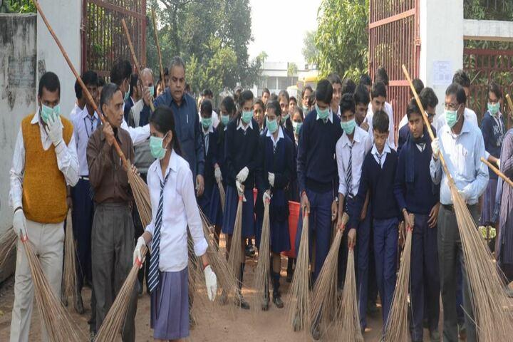 S T SeverinS High School-Swachh Bharath