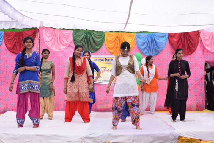 Alphine International School - Group Dance