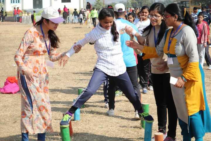 Alphine Public School - Extra Circular Activities