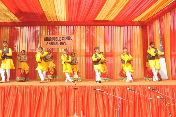 Amar Public School - Group Dance Performance
