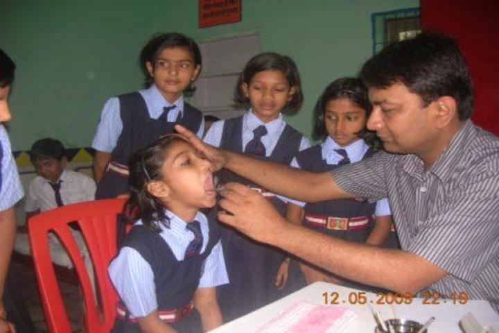 Amarnath Vidya Ashram Senior Secondary School-Medical Checkup