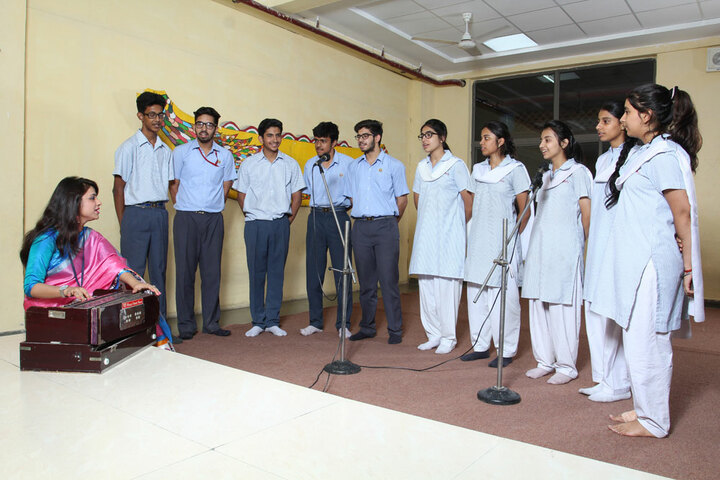 Amity International School - Classical vocal Room