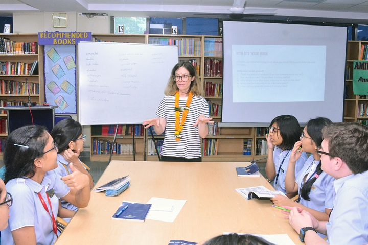 Amity International School - Smart Classrooms