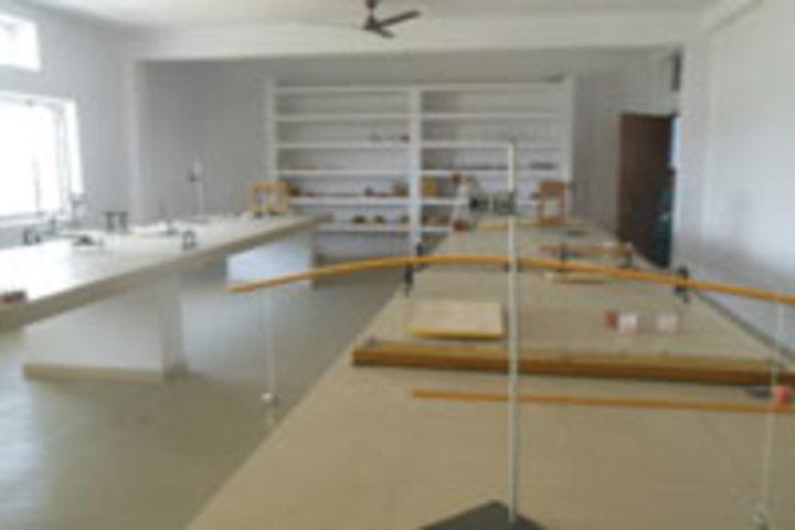 Amrit Memorial Higher Secondary School-  Lab