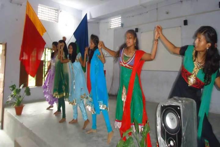 Sacred Heart School-Dance
