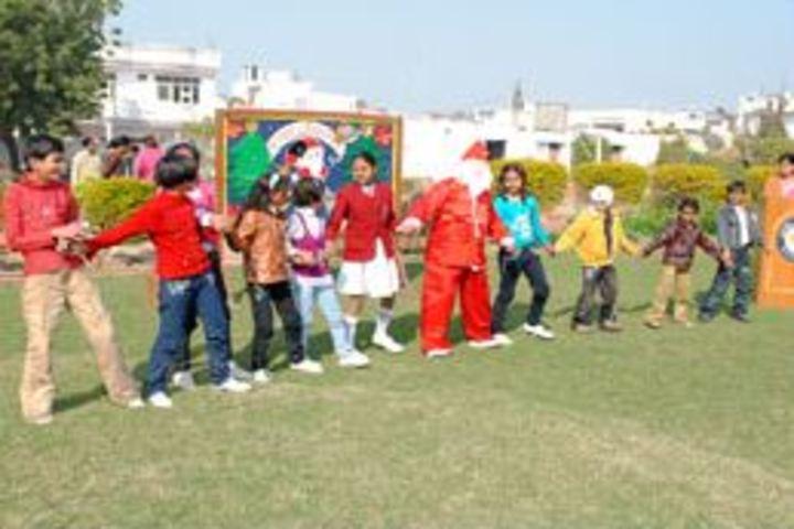 Annie Besant School - Christmas Carnival