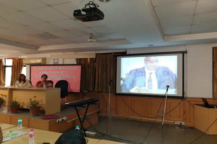 Apeejay International School - Seminars